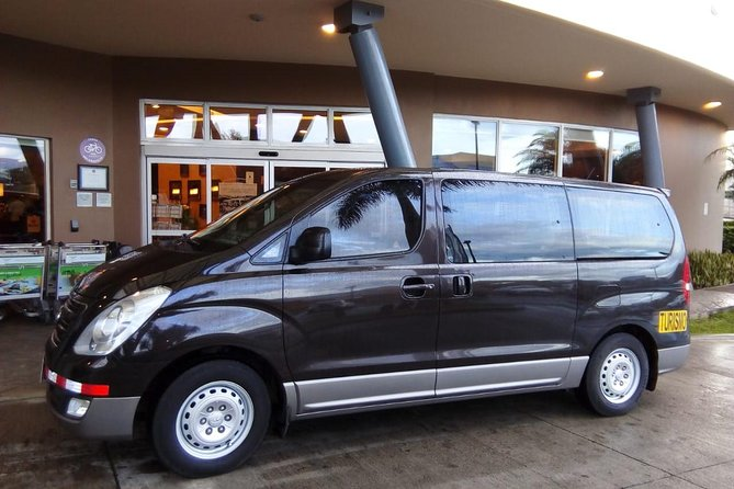 Private transfer from San José or SJO Airport to Liberia up to 5 passengers