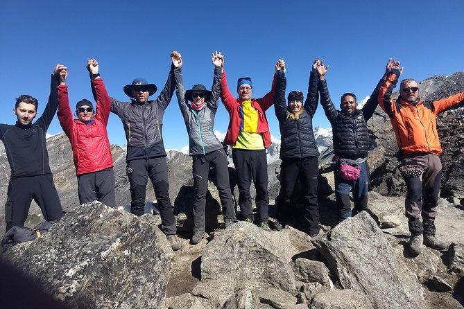 Everest Trekking in 16 Days