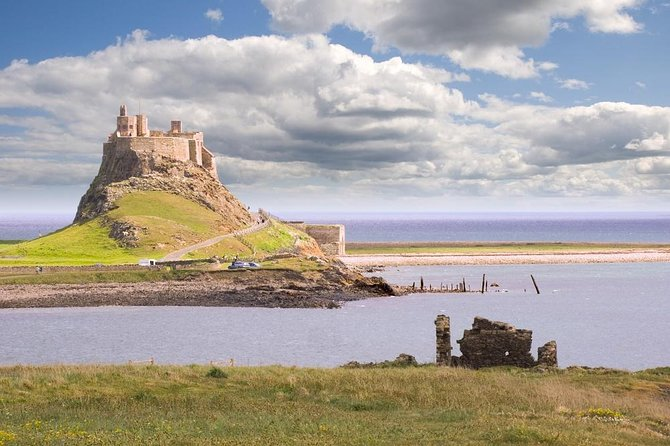 Tour a Holy Island, Castillo de Alnwick y Northumberland desde Edimburgo