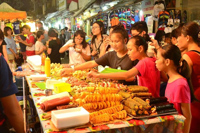 Weekend Hanoi Night Market & Street Food Tour
