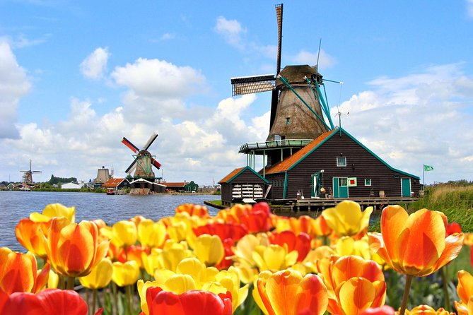 Keukenhof Gardens and Zaanse Schans Windmill Village