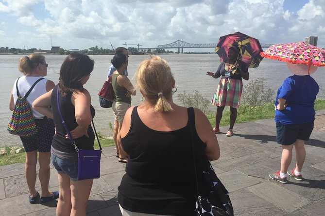 French Quarter and Cemetery Walking Tour in New Orleans