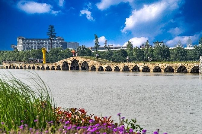 Private Suzhou Tour to Explore the Hidden Door of Suzhou Old Time