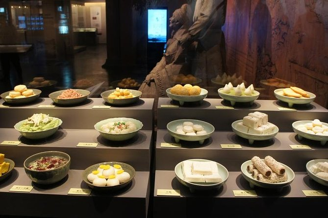Private Two Days Hangzhou Highlights Gourmet Tour