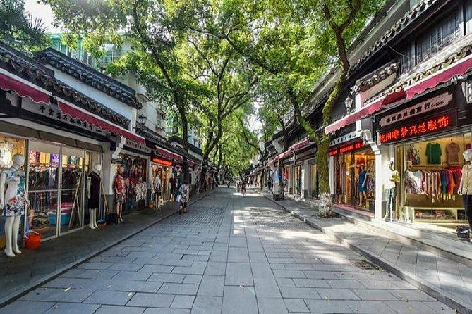 6-Hour Private Hangzhou Shopping Tour