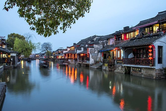 Xitang Water Town and Hangzhou City Highlights Combo Tour