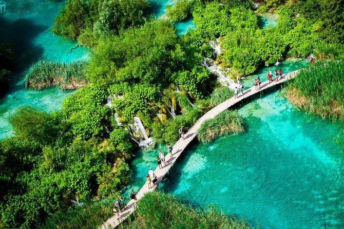 Excursão pelos lagos de Plitvice, sem guia, sem grupo, bilhete de entrada não incluído, simples e barato