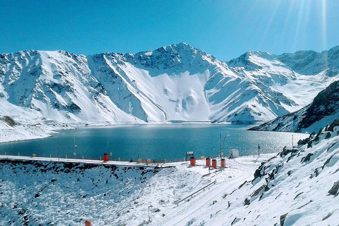 Full day Trip to the Embalse El Yeso reservoir in Cajón del Maipo