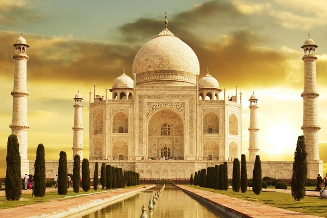Private Tour : 2 Days Delhi and Agra Tour