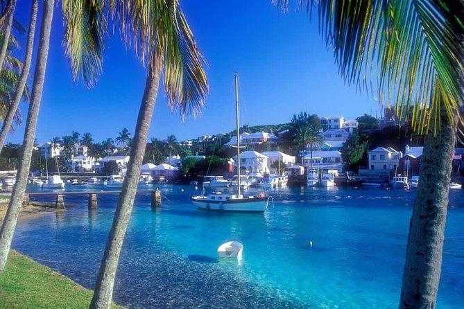Muestra de Isla de las Bermudas de Titán con Ferry