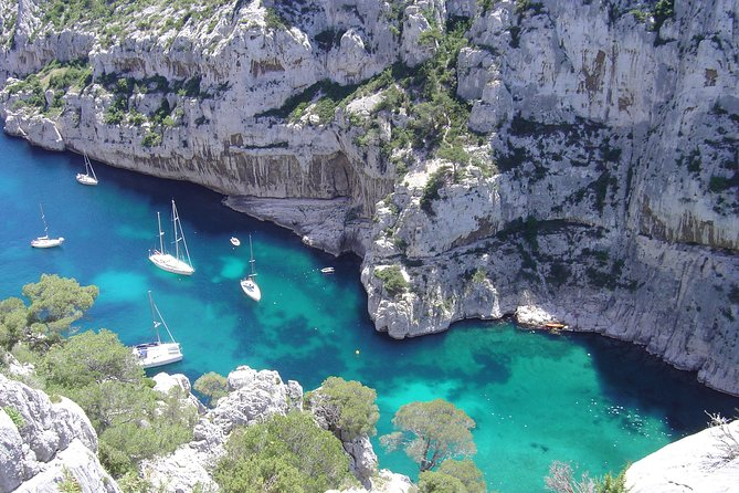 Cassis Private Half-Day Afternoon Tour from Aix-en-Provence