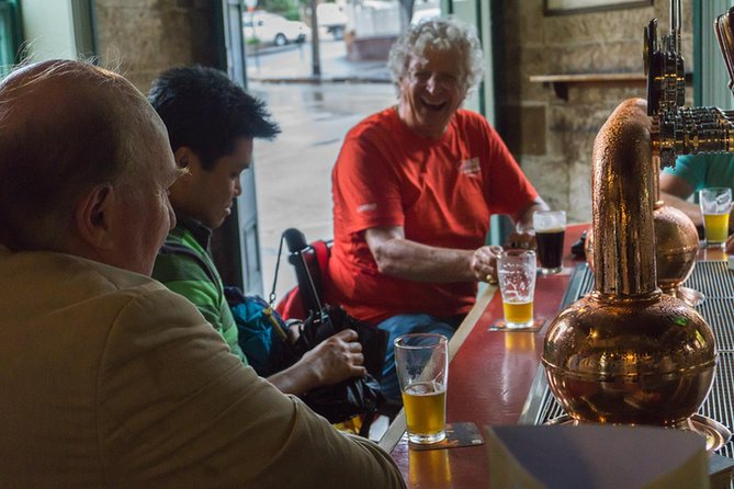Total Sydney: Shopping, History and Pub Walking Tour