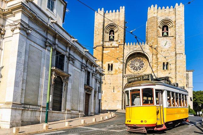 Lisbon tiles and Ancient Ceramics