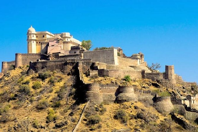 Kumbhalgarh and Ranakpur Same Day Tour with Lunch from Udaipur
