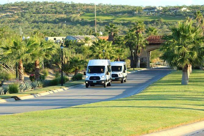 Los Cabos Private Mini Bus Round-trip Transportation