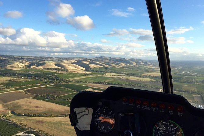 Barossa Valley Deluxe: 30-Minute Helicopter Flight