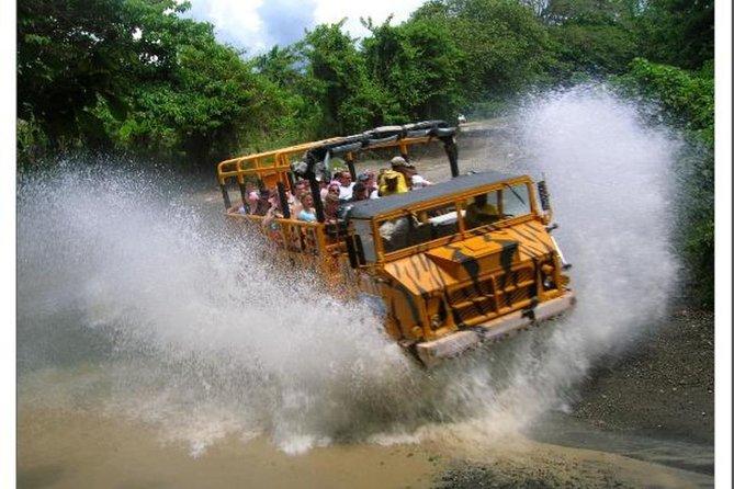 プンタカナのメガトラックサファリ