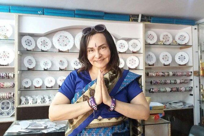 Taj Mahal Tour with Food and Heena Mehndi with Indian Family