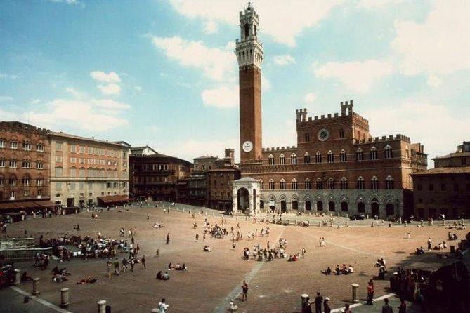 Siena&Monteriggioni private full - day from Rome