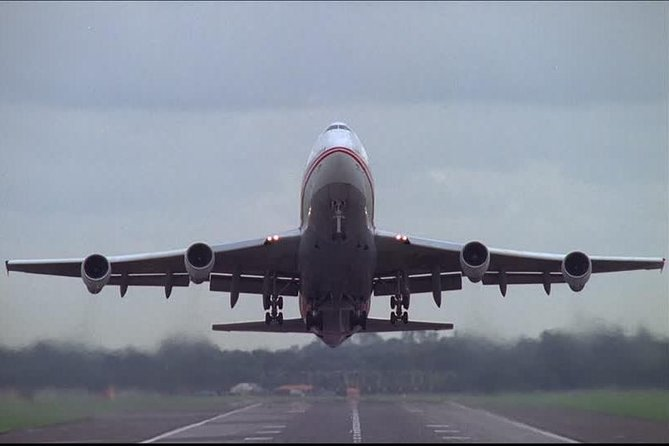 Private transfer from Port to the airport - from airport to port