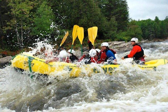 High Adventure Rafting en el río Ottawa