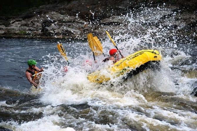 Ultimate Adventure Whitewater Rafting en el río Ottawa