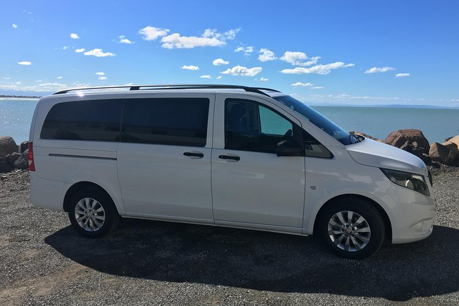 Private Arrival Transfer: Christchurch Airport to Central Christchurch