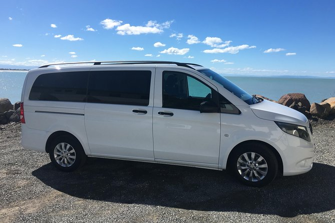 Private Airport Round-Trip Transfer:Christchurch Airport to Central Christchurch