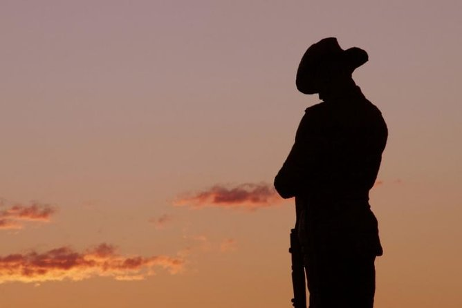 Townsville and the Australian Army: Walking History Tour with Optional City Sightseeing