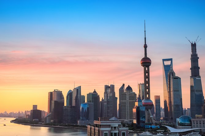 Mini Group: One-Day Shanghai Essence and Water Village Boutique Tour