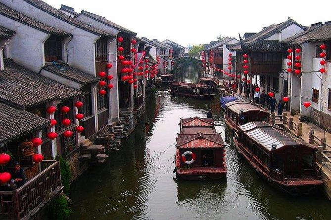 Mini Group: One-Day Zhouzhuang and Jinxi Water Town Tour
