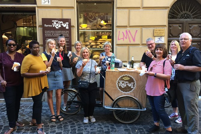 Campo dè Fiori Market and Trevi Fountain Food and Wine Tour in Rome