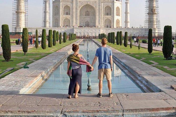 Day Tour Of Taj Mahal From Delhi