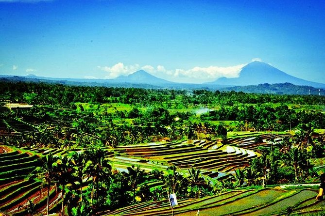 Ulun Danu Temple - Jatiluwih (UNESCO) - Tanah Lot