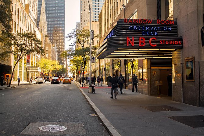 bc85525a0 TV and Movie Locations Tour with Official NBC Studios Tour 2019 ...