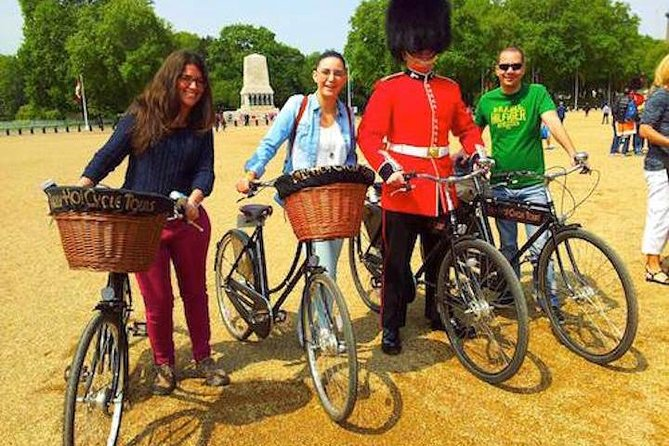 London Landmarks & Secret Gems, Historic Pub and British Bikes with Local Guides