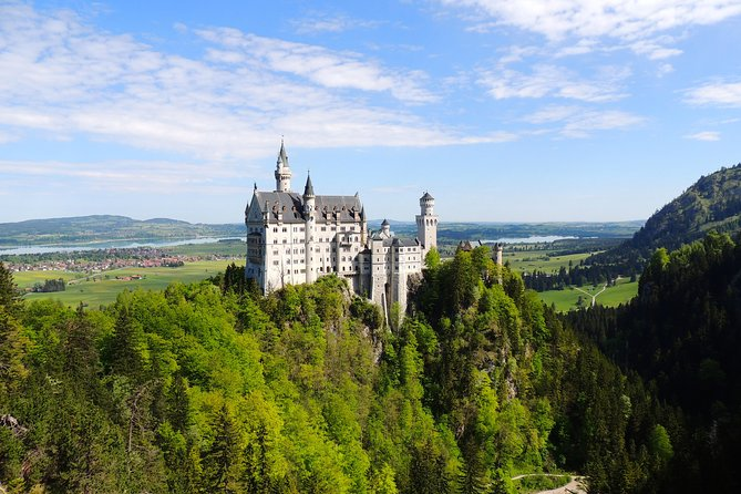 Neuschwanstein Castle and Brewery Tour from Garmisch-Partenkirchen