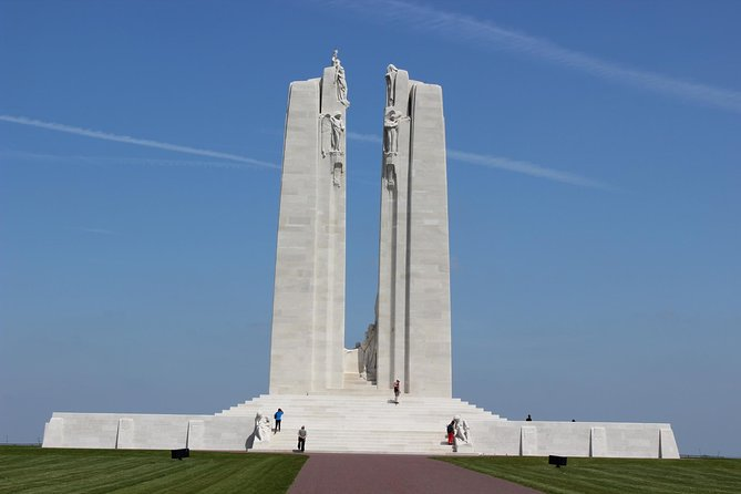 Private Round Trip Transfer from Arras or Lens to Vimy Ridge