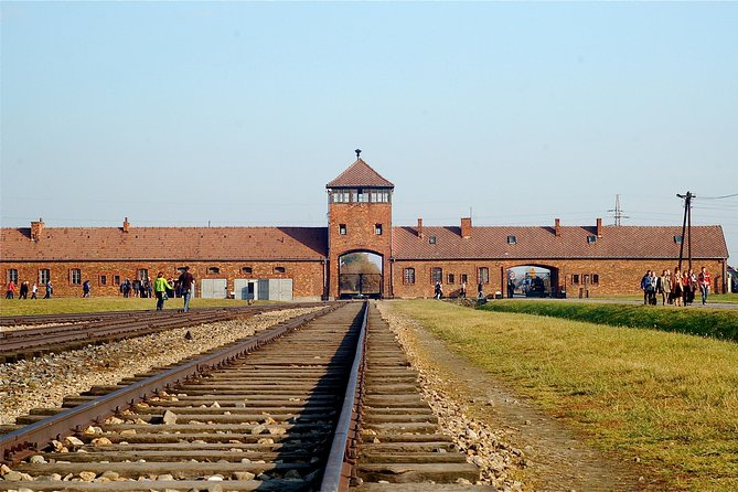 Auschwitz-Birkenau Museum Guided Tour with pick-up from Selected Krakow Hotels