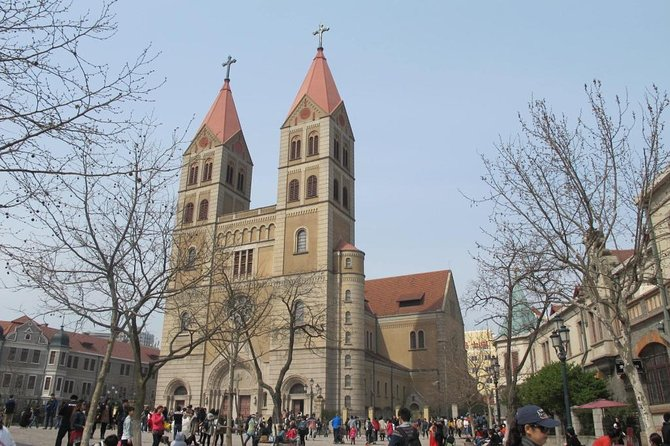 Private Qingdao Museum and Culture Day Tour with Tsingtao Beer and Local Lunch
