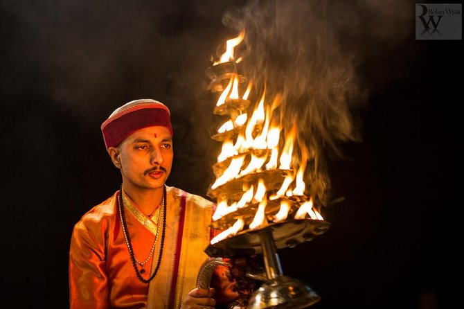 Varanasi tour in 2 days without accommodation
