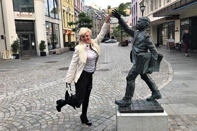Amazing city walk in Ålesund