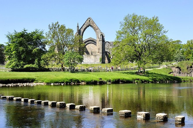 Private Tour - Haworth, Bolton Abbey and Yorkshire Dales Day Trip from Leeds