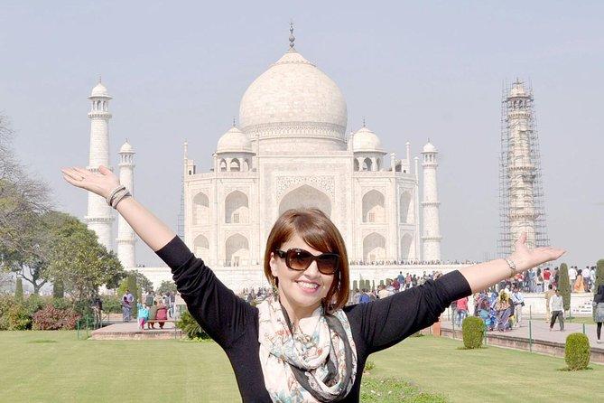 Agra & Taj Mahal Sunrise Private Tour from Delhi
