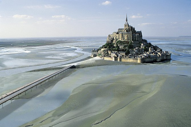 Mont Saint Michel Shuttle Service from Bayeux