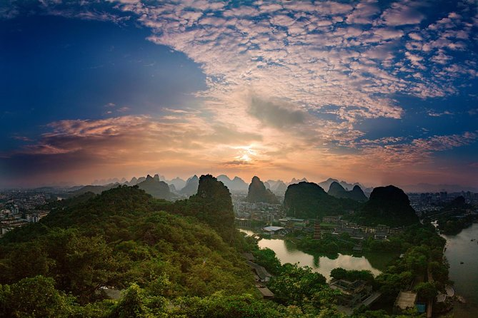 One Day Guilin Downtown Landscape & Culture Walking Tour