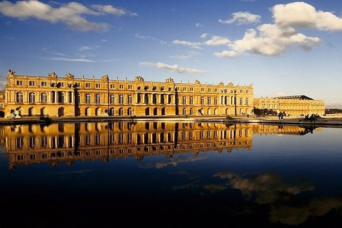 Palace of Versailles Skip The Line from Paris with Transfer