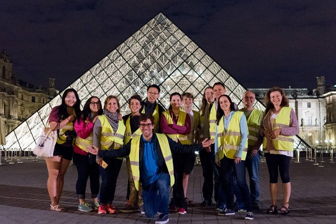 Paris Evening Bike Tour with 1-hour Seine River Cruise