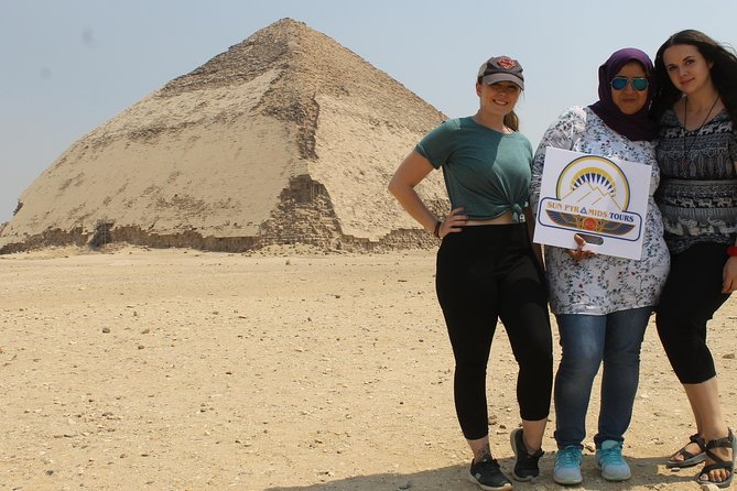 The best tour to Pyramids of giza and sphinx, Sakkara & Dahshur in egypt