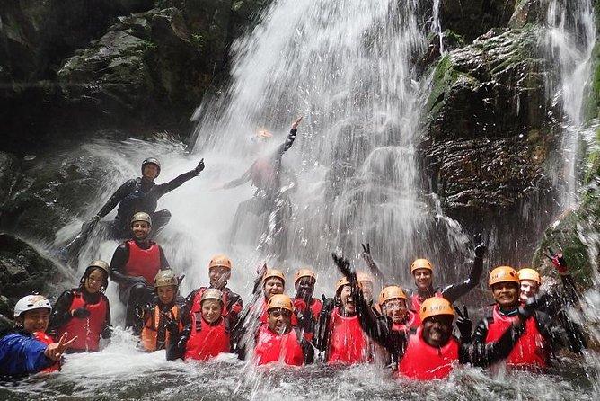 Hida-Osaka Shower Climbing (Canyoning)!!